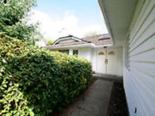 Photo 3: 1530 161ST Street in Surrey: King George Corridor House for sale (South Surrey White Rock)  : MLS®# F1421825