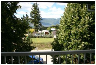 Photo 28: 302 250 Southeast 5 Street in Salmon Arm: Central House for sale : MLS®# 10088442