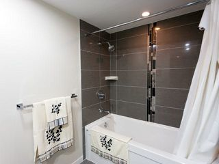 Photo 12: 306 2232 DOUGLAS ROAD in Burnaby: Brentwood Park Condo for sale (Burnaby North)  : MLS®# R2005373