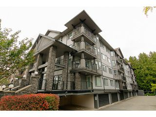 Photo 1: # 202 5474 198TH ST in Langley: Langley City Condo for sale : MLS®# F1442703