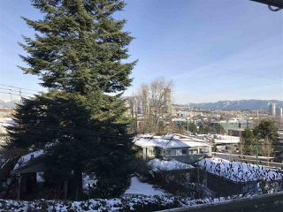 Photo 8: 301 4181 NORFOLK STREET in Burnaby: Central BN Condo for sale (Burnaby North)  : MLS®# R2128761
