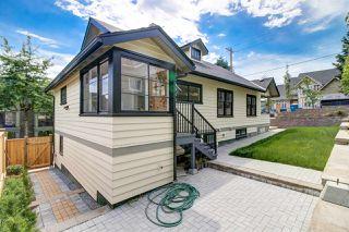 Photo 5: 225 BEGIN STREET in Coquitlam: Maillardville House for sale : MLS®# R2281913