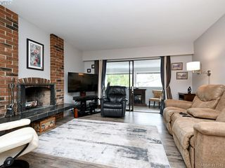 Photo 6: 201 3244 Seaton Street in VICTORIA: SW Tillicum Condo Apartment for sale (Saanich West)  : MLS®# 417545