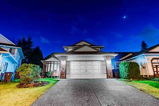 Photo 1: 15176 96A Avenue in Surrey: Guildford House for sale (North Surrey)  : MLS®# R2431551