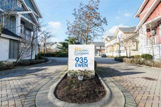"Photo 2: 4 935 EWEN Avenue in New Westminster: Queensborough Townhouse for sale in ""Coopers Landing"" : MLS®# R2438171"