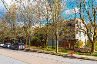 """Photo 2: 317 1422 E 3RD Avenue in Vancouver: Grandview Woodland Condo for sale in """"LA CONTESSA"""" (Vancouver East)  : MLS®# R2457082"""