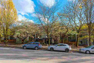 """Photo 36: 317 1422 E 3RD Avenue in Vancouver: Grandview Woodland Condo for sale in """"LA CONTESSA"""" (Vancouver East)  : MLS®# R2457082"""