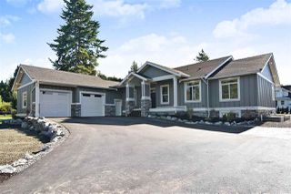 Photo 1: 1-23272 34A Ave in Langley: House for sale : MLS®# R2429284
