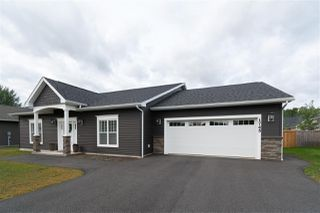 Photo 1: 1745 Greenwood Road in Kingston: 404-Kings County Residential for sale (Annapolis Valley)  : MLS®# 202018303