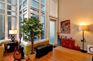 Photo 2: 105 38 Front St in : Na Old City Condo Apartment for sale (Nanaimo)  : MLS®# 855970