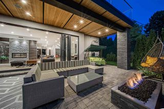 Main Photo: 1045 SINCLAIR Street in West Vancouver: Ambleside House for sale : MLS®# R2500090