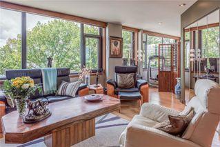 Photo 3: 304 104 DALLAS Rd in : Vi James Bay Condo for sale (Victoria)  : MLS®# 856462
