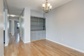Photo 7: 450 19 Avenue NW in Calgary: Mount Pleasant Semi Detached for sale : MLS®# A1036618