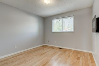 Photo 18: 450 19 Avenue NW in Calgary: Mount Pleasant Semi Detached for sale : MLS®# A1036618