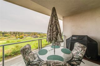 Photo 16: 402 5332 Sayward Hill Cres in : SE Cordova Bay Condo for sale (Saanich East)  : MLS®# 857532