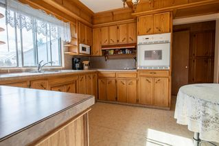 Photo 10: 159 Rosery Drive NW in Calgary: Rosemont Detached for sale : MLS®# A1040112