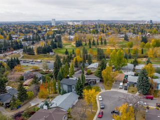 Photo 3: 159 Rosery Drive NW in Calgary: Rosemont Detached for sale : MLS®# A1040112