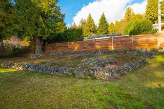 """Photo 14: 2487 QUEENS Avenue in West Vancouver: Queens House for sale in """"Queens, Upper Dundarave"""" : MLS®# R2515663"""