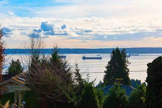 """Photo 3: 2487 QUEENS Avenue in West Vancouver: Queens House for sale in """"Queens, Upper Dundarave"""" : MLS®# R2515663"""