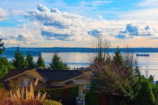 """Photo 2: 2487 QUEENS Avenue in West Vancouver: Queens House for sale in """"Queens, Upper Dundarave"""" : MLS®# R2515663"""