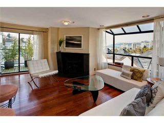 "Photo 3: 28 939 W 7TH Avenue in Vancouver: Fairview VW Condo for sale in ""MERIDIAN COURT"" (Vancouver West)  : MLS®# V936138"