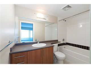"Photo 10: 2707 688 ABBOTT Street in Vancouver: Downtown VW Condo for sale in ""FIRENZE II"" (Vancouver West)  : MLS®# V949386"