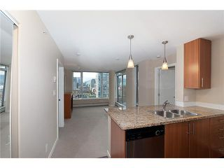 "Photo 6: 2707 688 ABBOTT Street in Vancouver: Downtown VW Condo for sale in ""FIRENZE II"" (Vancouver West)  : MLS®# V949386"
