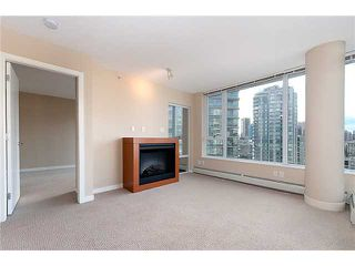 "Photo 7: 2707 688 ABBOTT Street in Vancouver: Downtown VW Condo for sale in ""FIRENZE II"" (Vancouver West)  : MLS®# V949386"