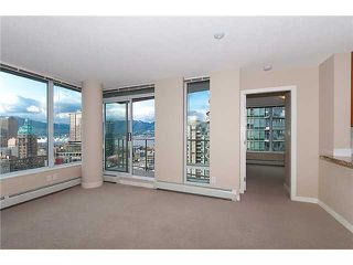 "Photo 8: 2707 688 ABBOTT Street in Vancouver: Downtown VW Condo for sale in ""FIRENZE II"" (Vancouver West)  : MLS®# V949386"