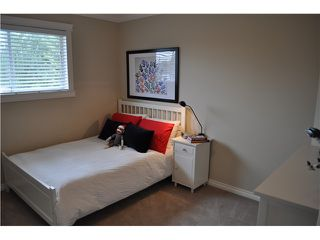 "Photo 7: 5165 BENTLEY Place in Ladner: Hawthorne House for sale in ""VICTORY SOUTH"" : MLS®# V954750"