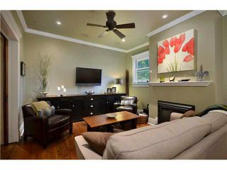 Photo 5: 461 E 10TH Avenue in Vancouver: Mount Pleasant VE House for sale (Vancouver East)  : MLS®# V977981