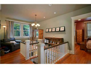 Photo 6: 461 E 10TH Avenue in Vancouver: Mount Pleasant VE House for sale (Vancouver East)  : MLS®# V977981