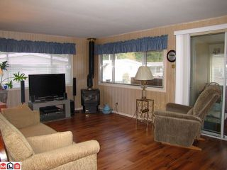 """Photo 3: 131 3031 200TH Street in Langley: Brookswood Langley Manufactured Home for sale in """"Cedar Creek Estates"""" : MLS®# F1226299"""