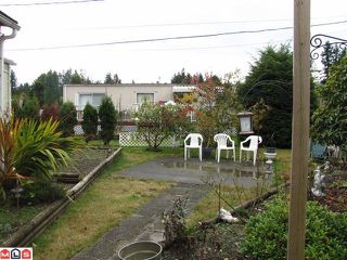 """Photo 8: 131 3031 200TH Street in Langley: Brookswood Langley Manufactured Home for sale in """"Cedar Creek Estates"""" : MLS®# F1226299"""