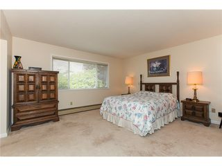 "Photo 7: 5255 CENTRAL AV in Ladner: Hawthorne House for sale in ""HAWTHORNE"" : MLS®# V990700"