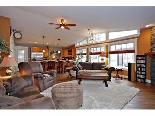 Photo 3: 6908 GLOVER Road in Langley: Salmon River House for sale : MLS®# F1304434