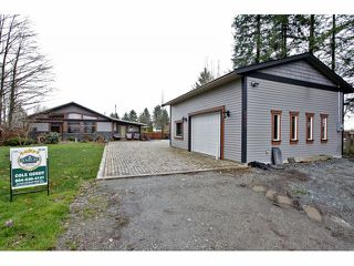 Photo 10: 6908 GLOVER Road in Langley: Salmon River House for sale : MLS®# F1304434