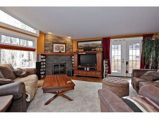 Photo 2: 6908 GLOVER Road in Langley: Salmon River House for sale : MLS®# F1304434