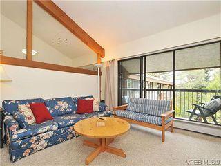 Photo 2: 407 1009 McKenzie Ave in VICTORIA: SE Quadra Condo for sale (Saanich East)  : MLS®# 639350