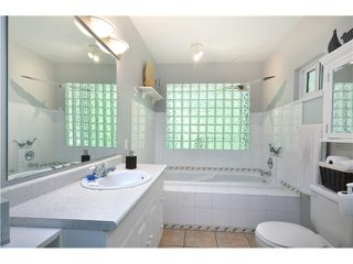 """Photo 9: 3791 SUNSET Boulevard in North Vancouver: VNVED House for sale in """"EDGEMONT"""" : MLS®# V1016597"""