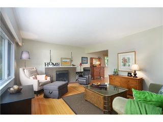 """Photo 2: 3791 SUNSET Boulevard in North Vancouver: VNVED House for sale in """"EDGEMONT"""" : MLS®# V1016597"""