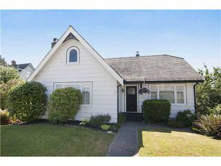 Photo 1: 1522 8th Avenue in New Westminster: West End NW House for sale : MLS®# V1020996