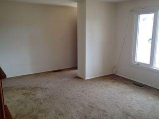 Photo 2: 10515 Lauder Avenue NW: Edmonton House for sale : MLS®# E3371460