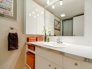 Photo 6: 207 3353 Heather Street in Vancouver: Cambie Condo for sale (Vancouver West)  : MLS®# V1060929