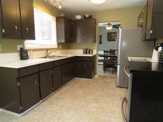 Photo 8: 949 Gleneagles Drive in : Sahali House for sale (Kamloops)  : MLS®# 133742