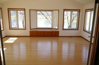 Photo 8: 66 Forest Lake Drive in Winnipeg: Fort Garry / Whyte Ridge / St Norbert Single Family Detached for sale (South Winnipeg)