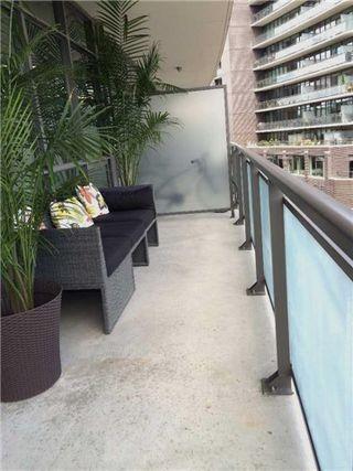 Photo 2: 319 Carlaw Ave Unit #415 in Toronto: South Riverdale Condo for sale (Toronto E01)  : MLS®# E3556672