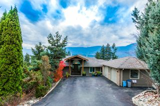Main Photo: 5000 Northeast 11 Street in Salmon Arm: Raven House for sale (NE Salmon Arm)  : MLS®# 10131721
