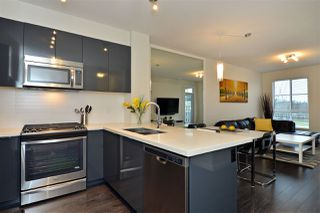 Photo 2: 413 15168 33 AVENUE in Surrey: Morgan Creek Condo for sale (South Surrey White Rock)  : MLS®# R2128450