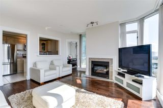 Photo 4: 904 140 E 14TH STREET in North Vancouver: Central Lonsdale Condo for sale : MLS®# R2270647